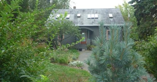 HamdenCTBobsHouse405