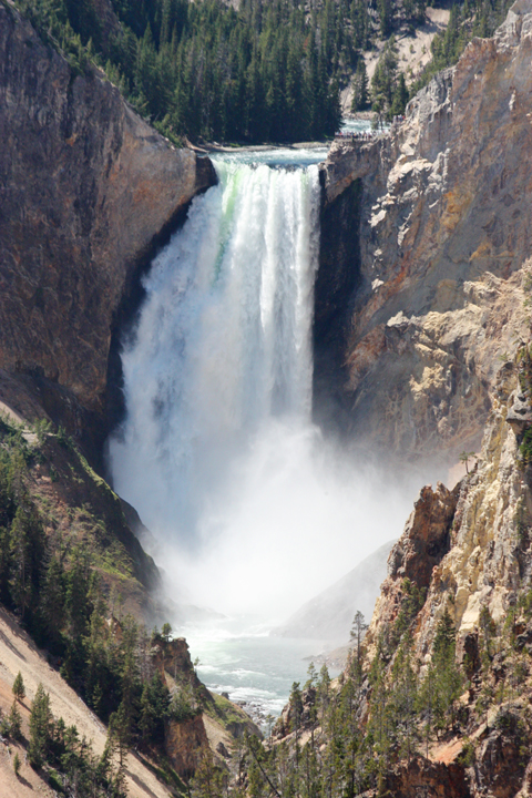 YellowstoneLowerFalls5193