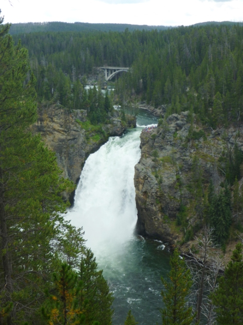 YellowstoneUpperFalls0414