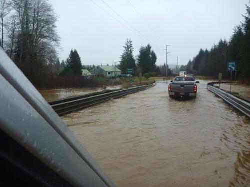 FloodingHwy101 0146
