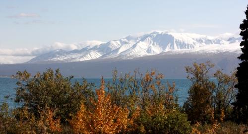 AlaskanHwyReturnKluaneLake6908