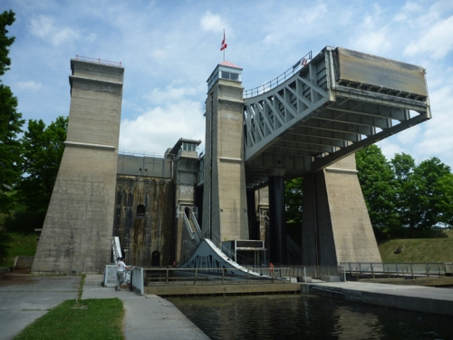 PeterboroughLiftLock0110